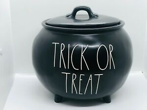 Rae-Dunn-Halloween-By-Magenta-Black-TRICK-OR-TREAT-Large-Cauldron-with-Lid-HTF