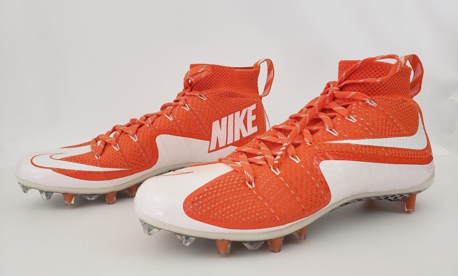 Nike Vapor Untouchable TD Football Cleats Men's 10 orange White 698833-811
