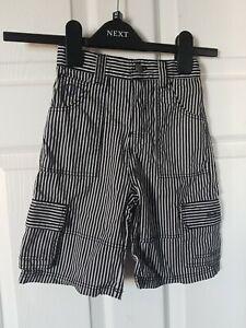 Boys-Ben-Sherman-Black-White-Stripe-Cargo-Shorts-4-5-Yrs-Excellent-condition