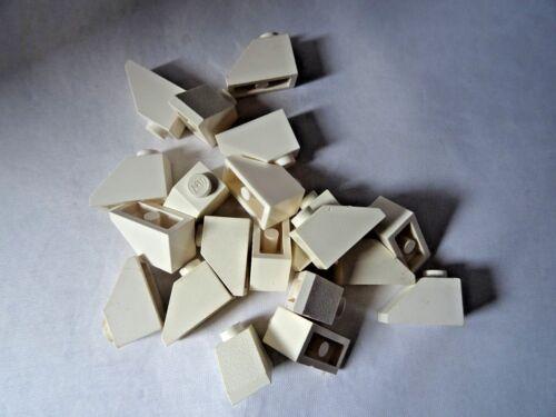 LEGO PART 3040 WHITE 45 2 x 1 SLOPES x 20
