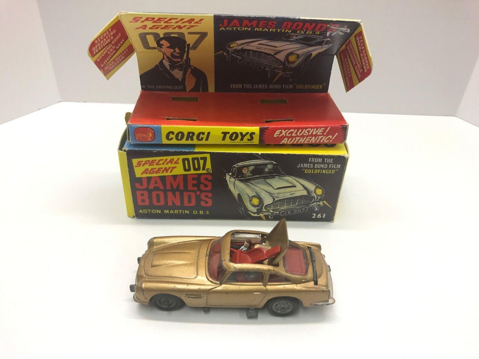 Corgi 261 James Bond 007 Car Used With A M Box