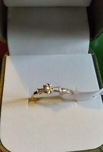 Nuevo-impresionante-De-Oro-Amarillo-9ct-diamante-solitario-anillo-Look-tamano-O-Dia-claridad-12