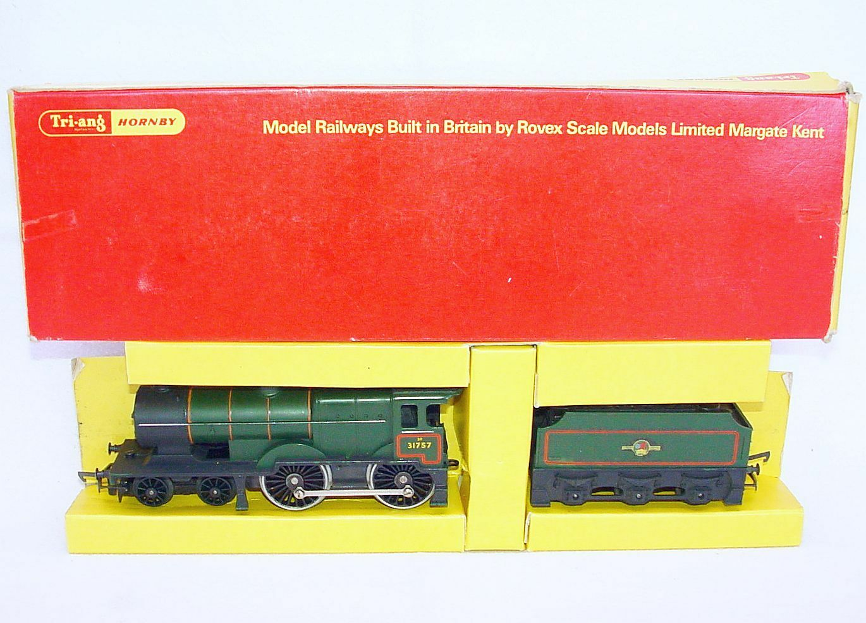 TRI-ANG Hornby OO BRITISH RAILWAYS 3P 4-4-0 STEAM LOCOMOTIVE & TENDER Boxed `68