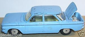 OLD-CORGI-TOYS-MADE-IN-GREAT-BRITAIN-CHEVROLET-CORVAIR-REF-229-1961-1-43-BLUE