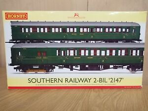 Hornby-R3161B-Southern-Railway-2-BIL-034-2147-034-Train-Pack-DCC-Ready