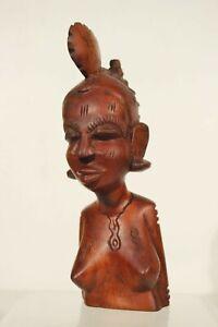 Sculpture statuette africaine sujet de femme nu fertilité XXème