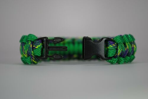"550 Paracord Survival Bracelet Cobra Vert Kelly//Plumb Crazy /""MADE IN THE USA/"""