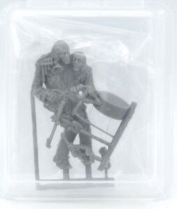 Ouroboros-Miniatures-Two-Heads-1-35-Freak-Circus-Sideshow-Mutant-Performer