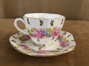 Foley-vintage-china-tea-cup-amp-saucer-petite-coffee-pink-rose-floral-gold-scroll