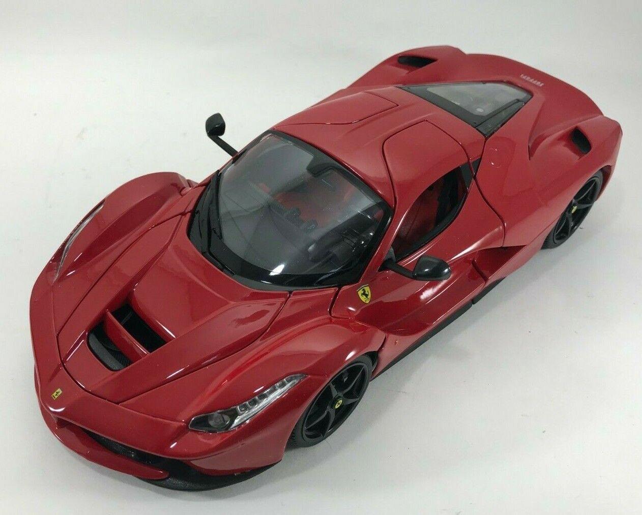 Bburago - 18-16001 -  LaFerrari Race & Play - Scale 1 18 - Red