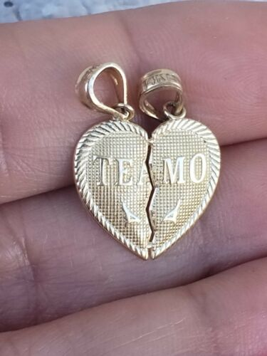 """14K Solide Or Jaune TE AMO petit cœur Split dans la moitié de charme pendentif .75/"""""""