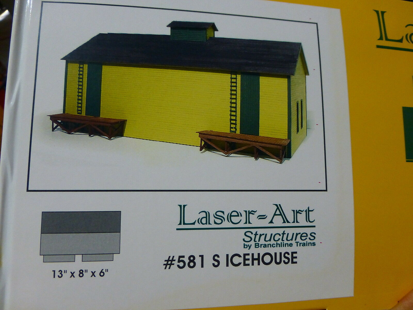 Branchline S Scale  581 Icehouse 13  x 8  x 6   Kit form