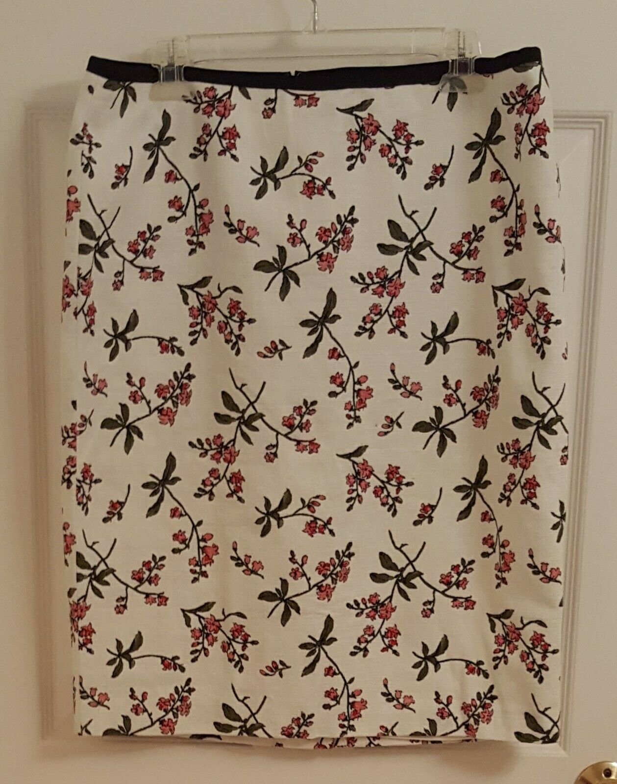 NEW - Ann Taylor Pencil Skirt (Ivory with olive and pink), Size 14 (NEW w tag)