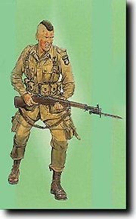 Dragon 1 16 US Army Screaming Eagle USMC Normandy Soldier Figure Model Kit 1605