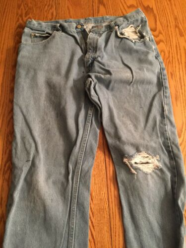 Stylish Working Man Jeans Work Torn Used Wrangler Men's Jeans 36x34