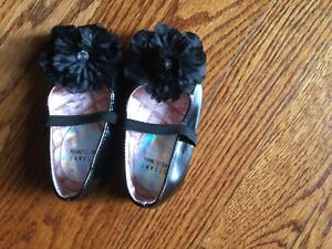 982c2d7525b Stuart Weitzman Baby Girl Bling Crib Shoes Sz 3 Infants Black Bow