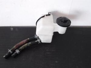 How Much Is Brake Fluid >> Details About 04 10 Toyota Sienna Master Cylinder Brake Fluid Reservoir Oem 47220 08030