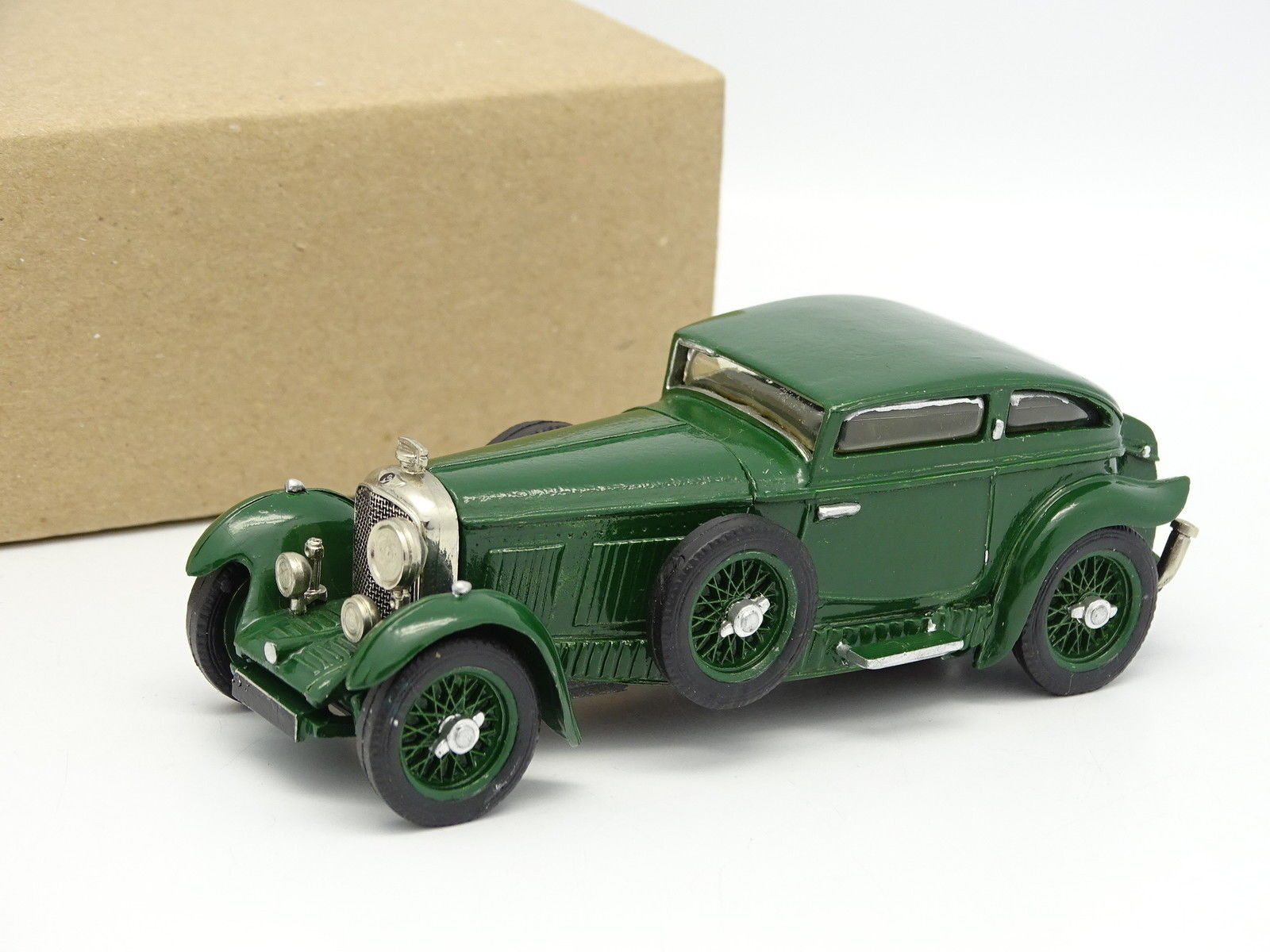 Motorkits Kit Montado 1 43 - Bentley Barnato Velocidad Coupé 1930 verde
