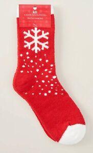 KN Karen Neuburger Crimson Red Snowflake Christmas Cozy Slipper Socks