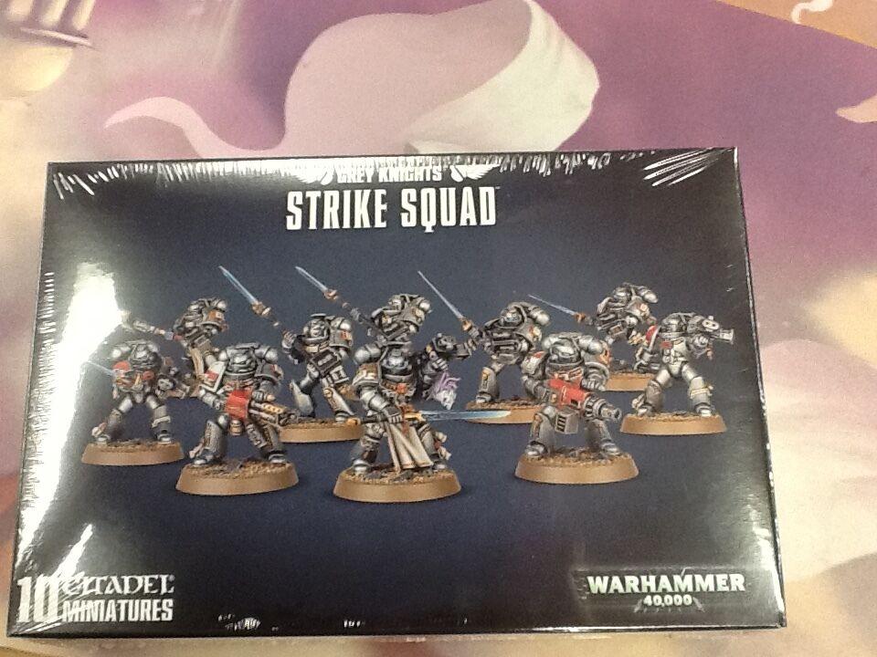 40 warhammer grauen ritter strike team kiste versiegelt 10 modelle
