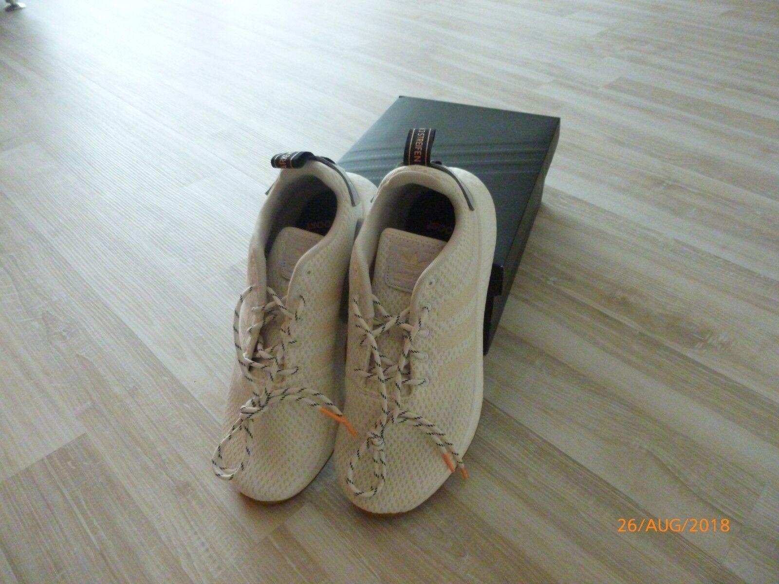 Adidas NMD R2 Boost Gr. US10,5 44 2/3 Weiß UK10 US10,5 Gr. Herren Sneaker cf7bd5