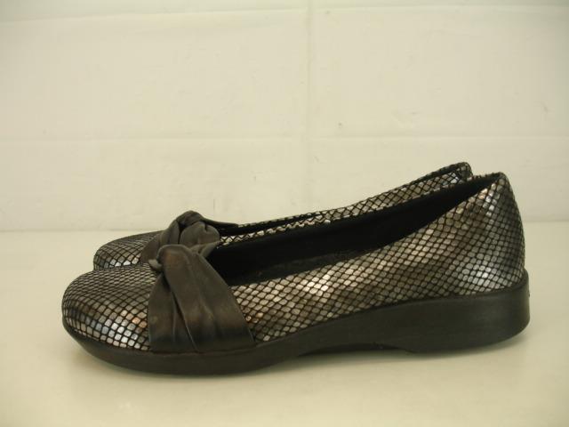 Zapatos para mujer 6.5 37 Arcopedico Comodidad Comodidad Comodidad Cuña Mocasines De Cuero Negro De Serpiente Plata  Ven a elegir tu propio estilo deportivo.