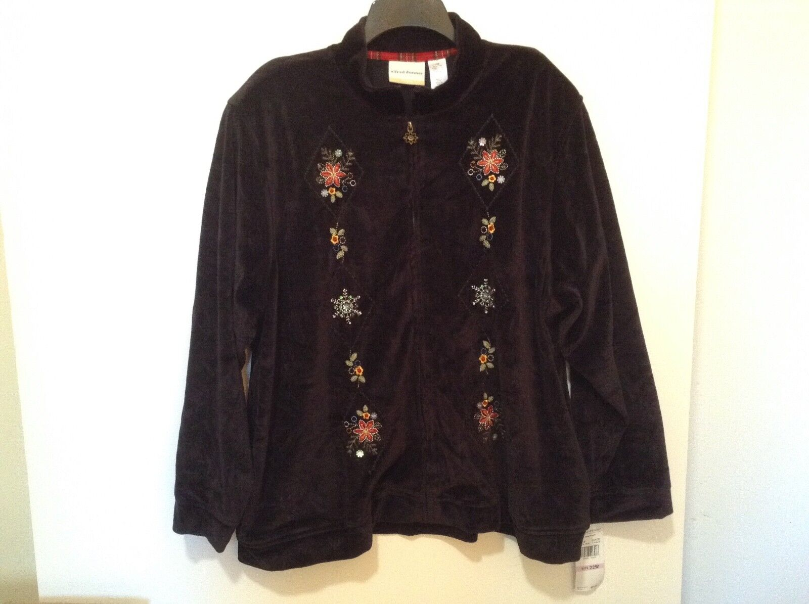 Alfred Dunner Women's 22W Sparkly Embroidered Top Cabin Fever NWT  ( CB35-4)