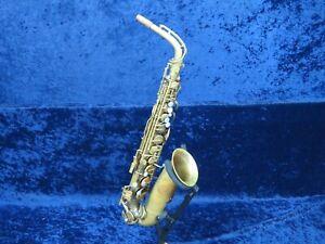 . Vito Kenosha Saxophone Alto Ser#2738a Joue Bien Avec Une Bonne Sound *-afficher Le Titre D'origine Blanc Pur Et Translucide
