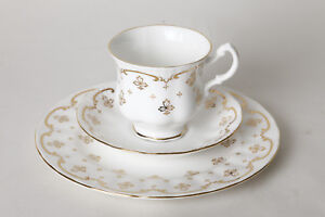 Royal-Osborn-China-Porcelain-Coffee-With-Gold-Decoration-Made-IN-Engl-109315