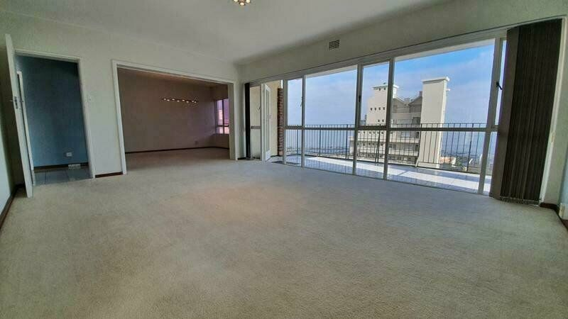 To Let Sea Point | Unfurnished | 3Bed/1.5Bath | Garage + Parking Bay | 2x Balconies