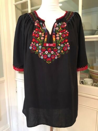 Muzunga Sisters Embroidered Floral Cotton Blouse,… - image 1