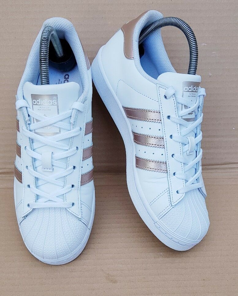 GORGEOUS ADIDAS SUPERSTAR WHITE & pink gold TRAINERS SIZE SIZE SIZE 4 UK EXCELLENT CON 501908