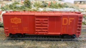 Roundhouse-MDC-Ltd-run-HO-Katy-034-DF-034-40-039-steel-Boxcar-Upgraded-Ex