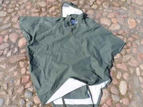 Bekleidung Regenumhang Poncho dunkelgrün Gr 52/54 Jacken & Mäntel