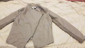 NEW-w-tags-BB-DAKOTA-Jacket-Cropped-Gray-Asymmetrical-Jacket-size-small