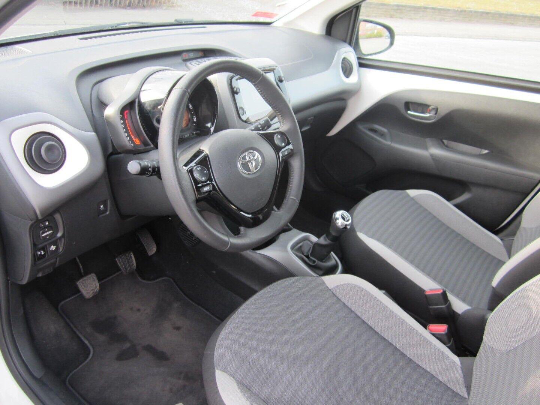 Brugt Toyota Aygo VVT-i x-press i Solrød og omegn