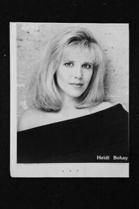 Maureen Mcgovern - 8x10 Headshot Photo - Airplane