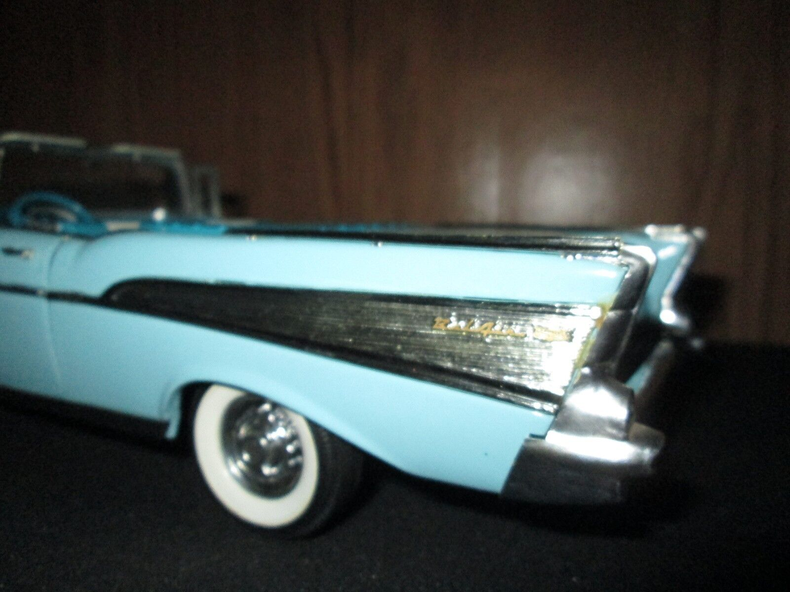 1957 chevy Belair Conv blu w/ Chrome fin 1st 1/18 /chase / american muscle 1991