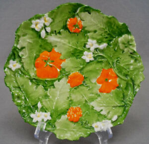 Ernst-Wahliss-Hand-Painted-Relief-Molded-Tomato-Vine-Dessert-Plate-C-1899-1918