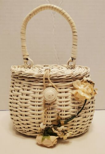 1960's White Wicker Childs Hand Bag Purse Vintage
