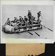 Russian Soviet Red Army rowing Collapsible Pontoon Boat 1940 Press Photo