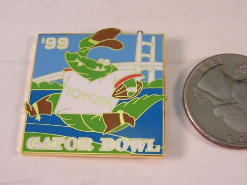 NCAA FOOTBALL GATOR BOWL 1999 PIN TOYOTA