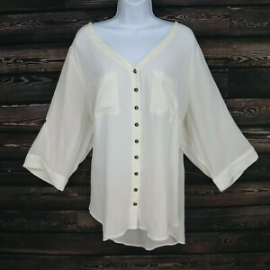 Torrid-Button-Up-Blouse-Womens-Plus-Size-3-White-Polyester-Long-Sleeves-Pockets