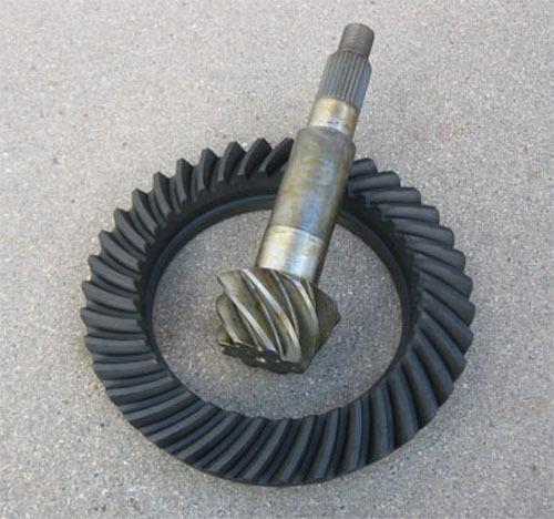 "8-1//4/"" Chrysler 8.25/"" Ring /& Pinion Gears 4.56 Ratio NEW 27 Spline"
