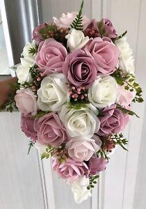 Bouquet Sposa Rose Avorio.Bouquet Sposa Tonalita Rosa Avorio O Bianco Verde Dall Aspetto