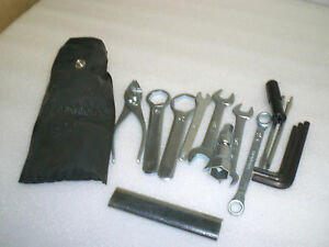 Honda-CB750-CB900-Boldor-Bordwerkzeug-neu-Original