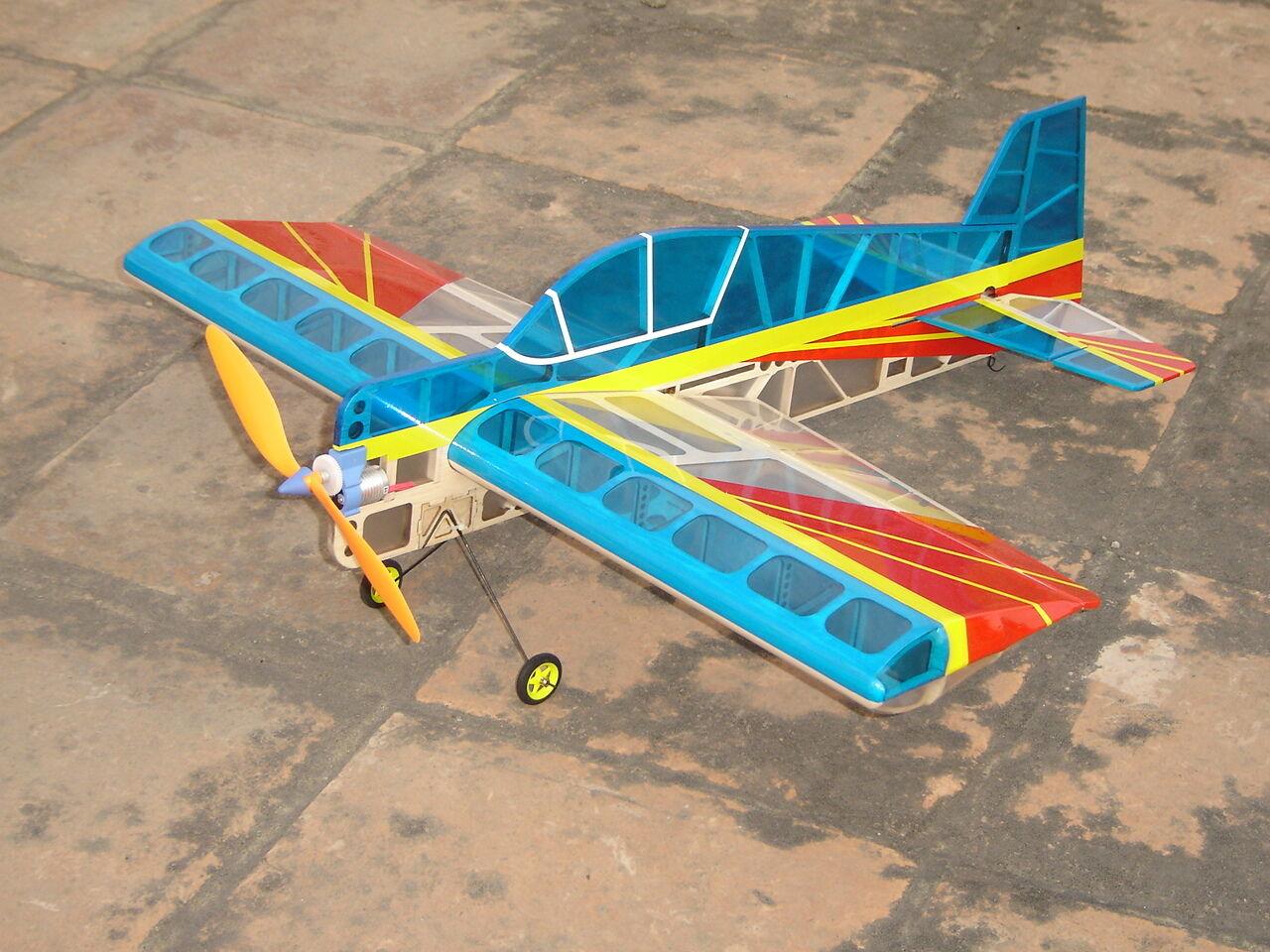 30.2 in (approx. 76.71 cm) haikong YAK 55 episodio pfofile Eléctrico Radio Control avión A021 Azul