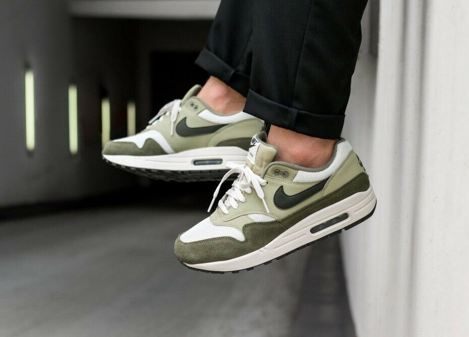Nike Air Max 1 Olive Seqouia UK Size 7.5
