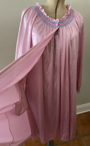 Vanity Fair Mauve Pink Nylon Ruffle 2 Piece Gown R
