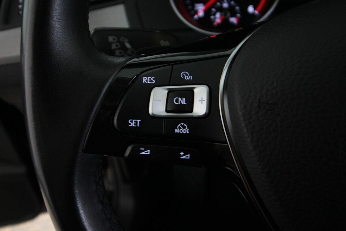 VW Passat 2,0 TDi 150 Trendl. Vari. DSG